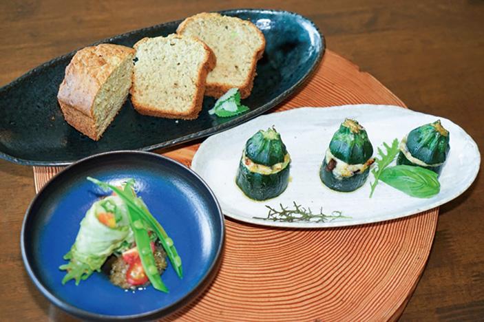 ズッキーニのパンケーキ / ズッキーニのチーズ焼き ~ラタトゥイユ詰め~ / ロールロメインレタス